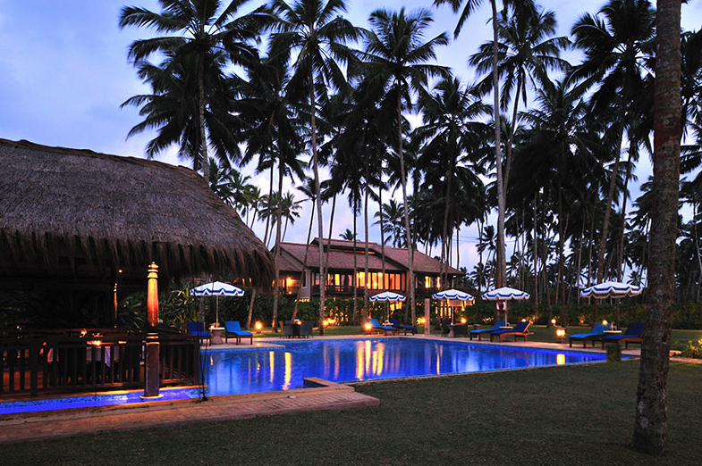 Free WiFi for Airport Transfers and Excursions at Reef Villa & Spa