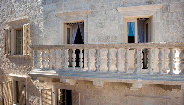 Lesici Dimitri Palace