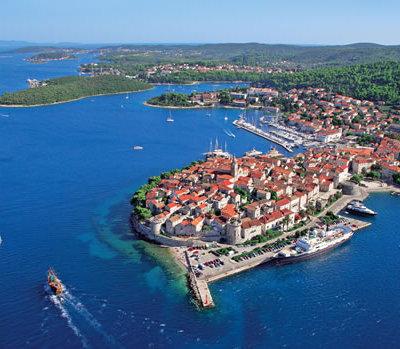 CROATIA : Korčula Island Babymoon Celebration