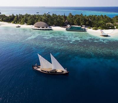 Luxurious Maldives Babymoon Break