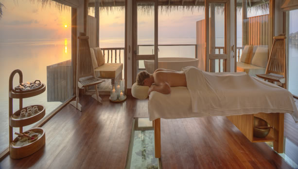 Maldives Babymoon Bliss at Gili Lankanfushi