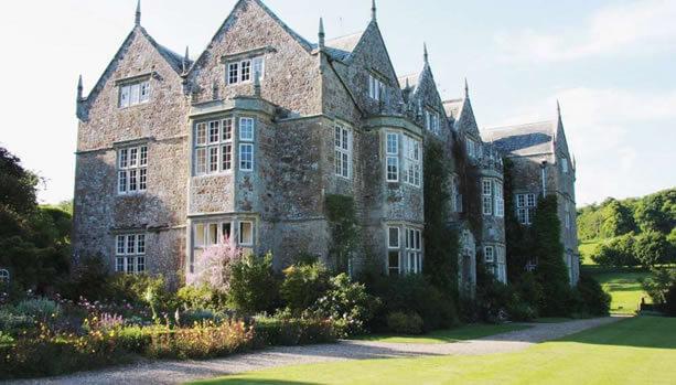 Isle of Wight Babymoon at Northcourt Manor