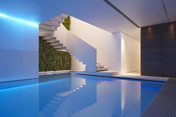 Pool at Akasha Spa - ©Conservatorium Hotel Amsterdam / The Set Collection
